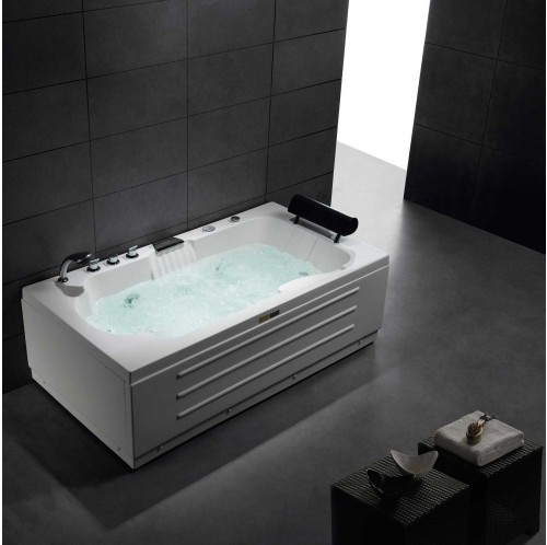 Beachmont Luxury Whirlpool Tub