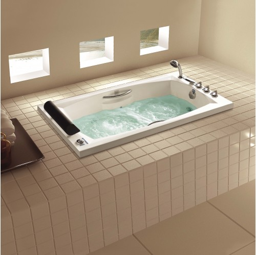 Georgian Luxury Whirlpool Tub