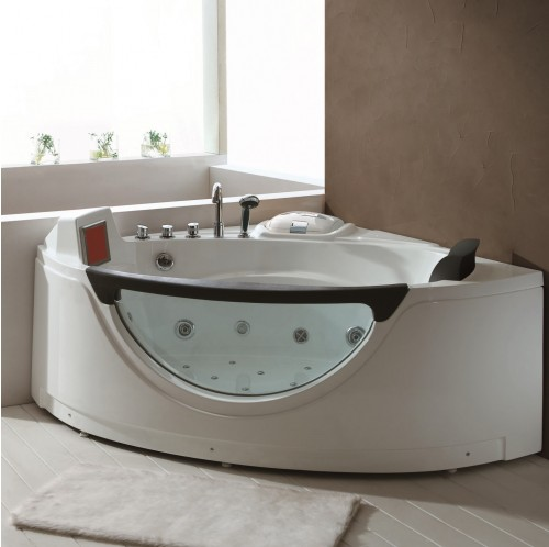 Arizona Luxury Whirlpool Tub