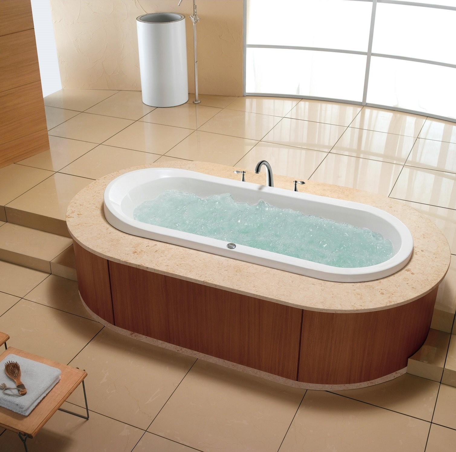 Richmond Luxury Whirlpool Tub